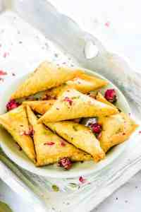 Rabdi Samosa is an interesting dessert with crispy crust and soft gooey centre which tastes superb anytime and any day. Do bookmark its recipe!