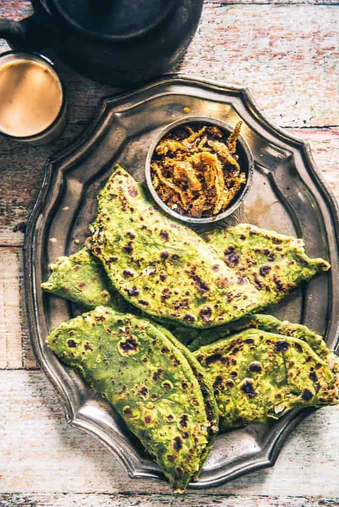 How to make Palak Paneer Paratha (Spinach Cottage Cheese Paratha)