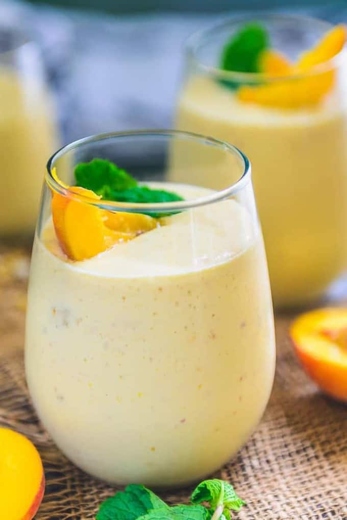 Healthy Vegan Peach Mango Smoothie Recipe