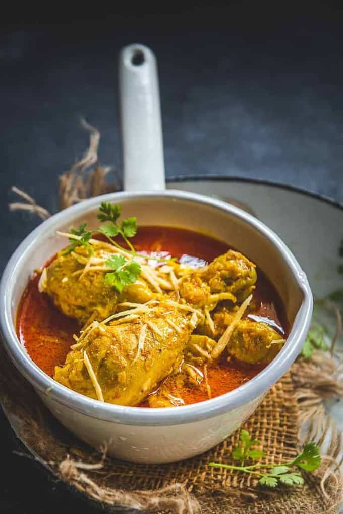 Indian Ginger Chicken Curry (Adraki Murgh)