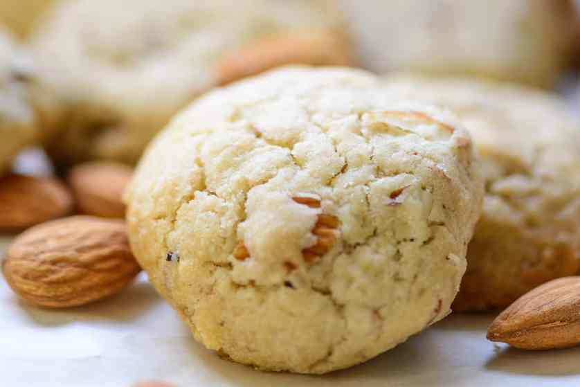 Almond Cookies Recipe (Step by Step + Video) - Whiskaffair