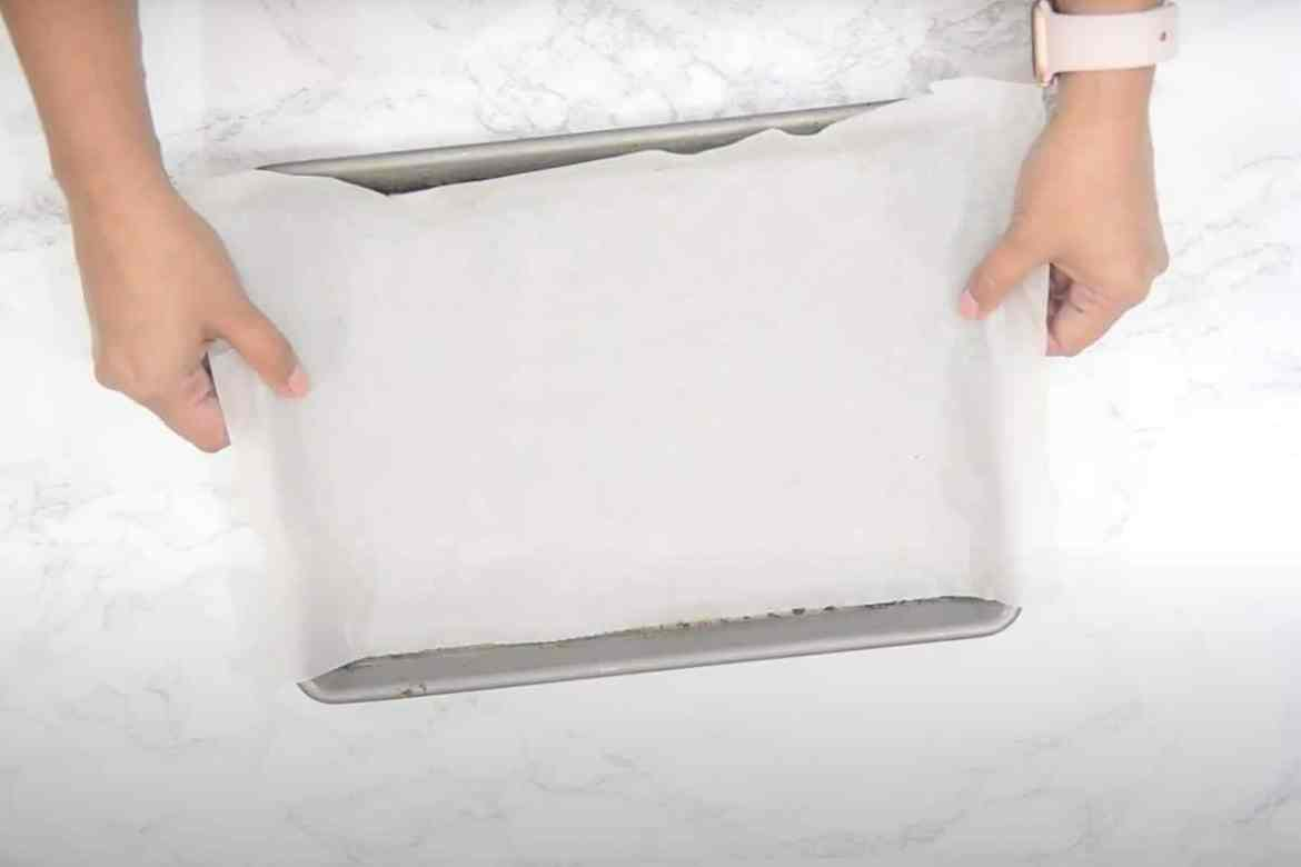 Tray lined with parchment.