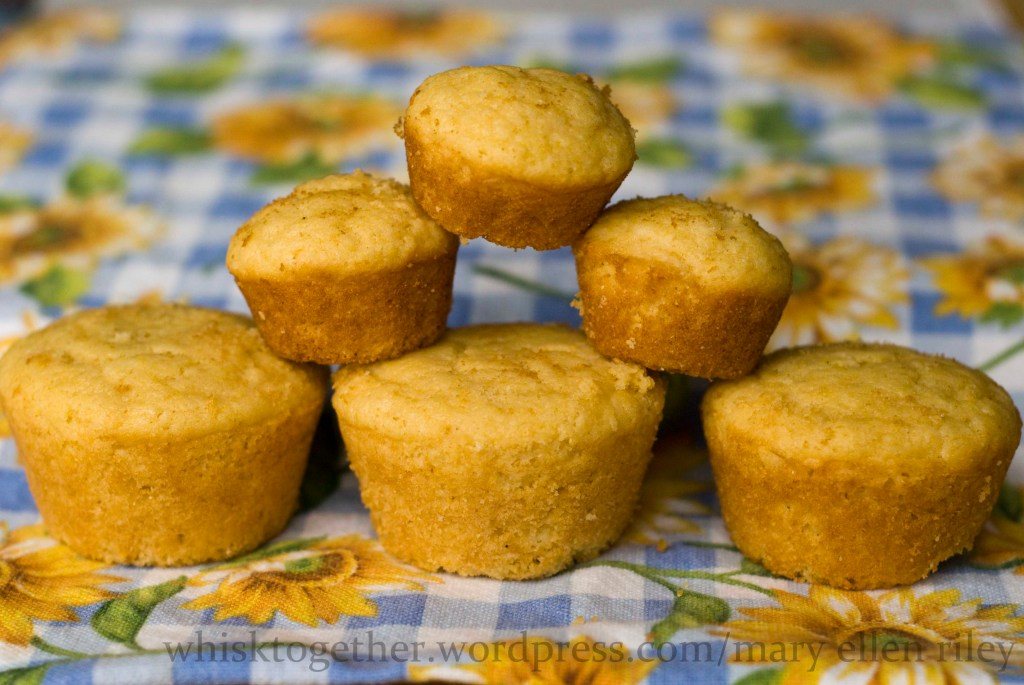 corn-muffins_3cr