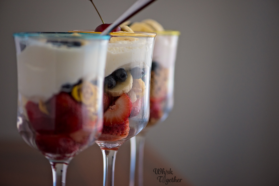 Breakfast Sundae with Yogurt and Fruit