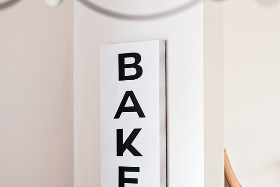 DIY Farmhouse Bakery Sign & Book Review