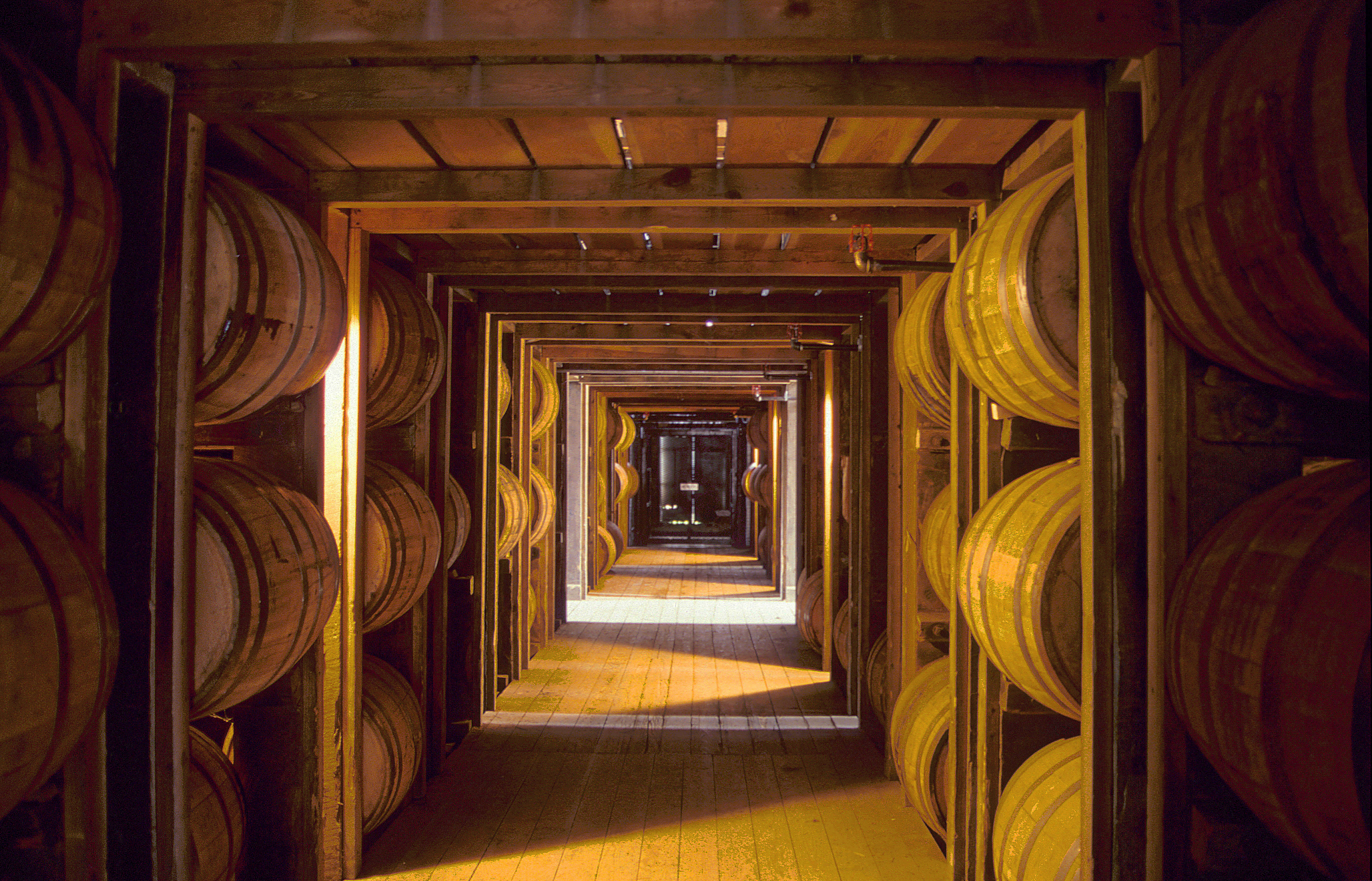 Bourbon  Storage  Whiskycom
