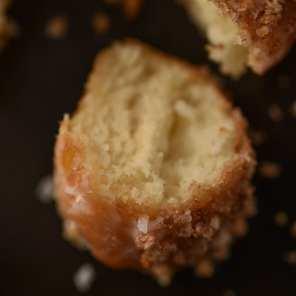 Port Askaig 110 Proof - Vanilla Cinnamon Crumble - Whisky And Donuts - WhiskyAndDonuts.com
