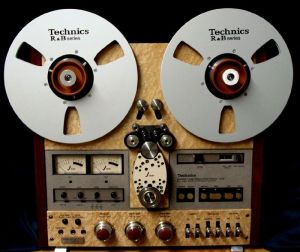 image of a reel-to-reel tape player