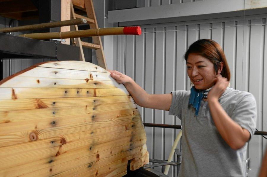 Yumi Yoshikawa an der Mash Tun