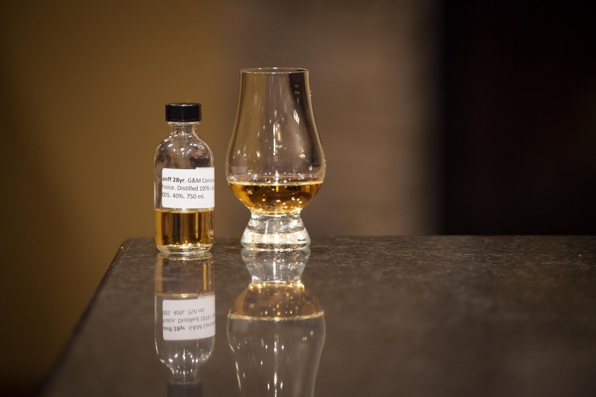 Banff 28 (Gordon & MacPhail Connoisseur's Choice 1976/2005) Review
