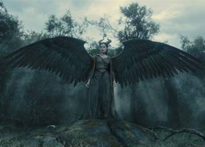 Disney's #Maleficent New Featurette and Clips Now Available