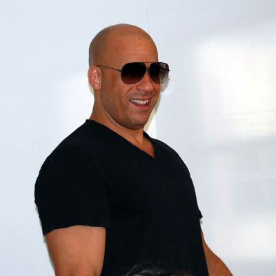 "An Interview with Vin Diesel as ""Groot"" #GuardiansOfTheGalaxyEvent"