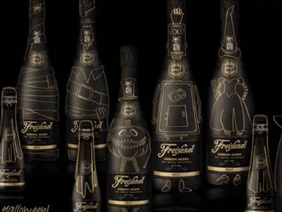 DIY Halloween Fun with Freixenet's Cordon Negro Brut
