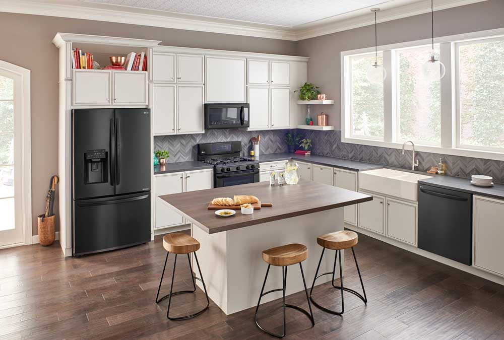 LG Matte Black Stainless Steel for the Ultimate High-Tech Kitchen