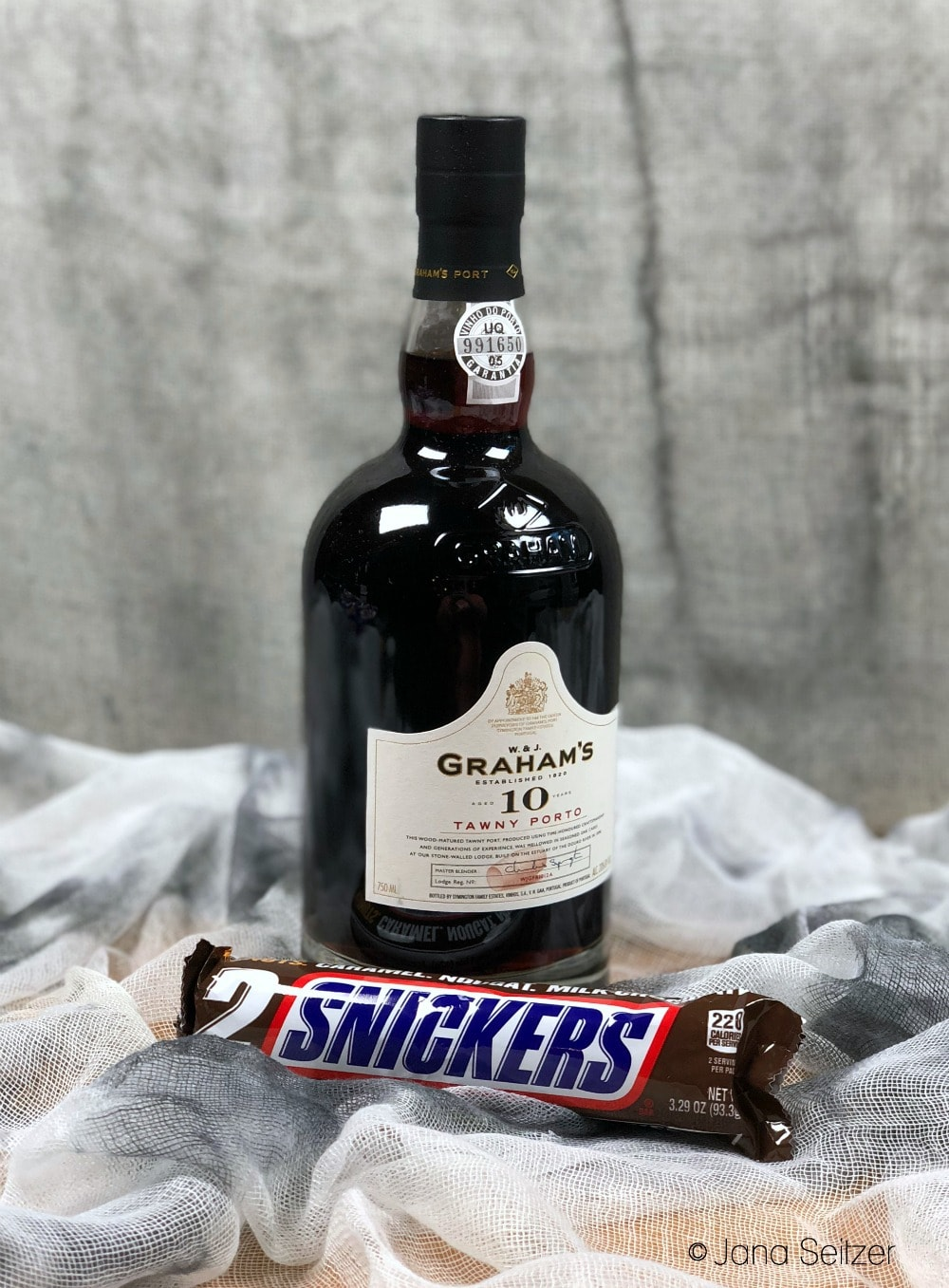 grahams 10 year tawny port snickers - How to Pair Halloween Candy with Port