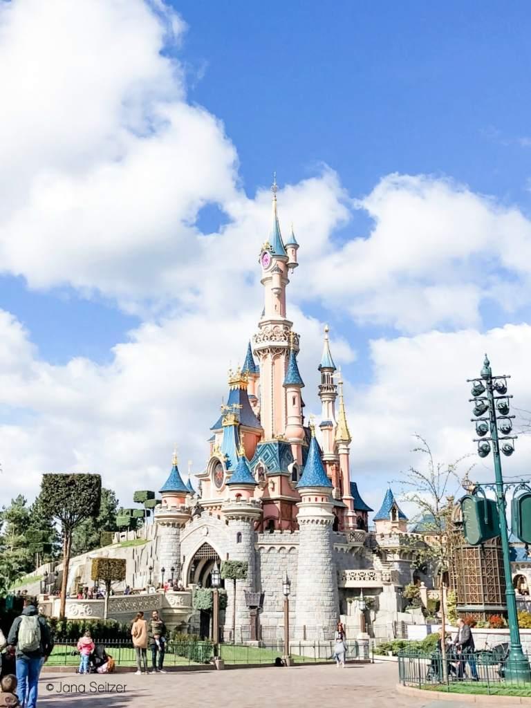 Le Château de la Belle au Bois Dormant Disneyland Paris