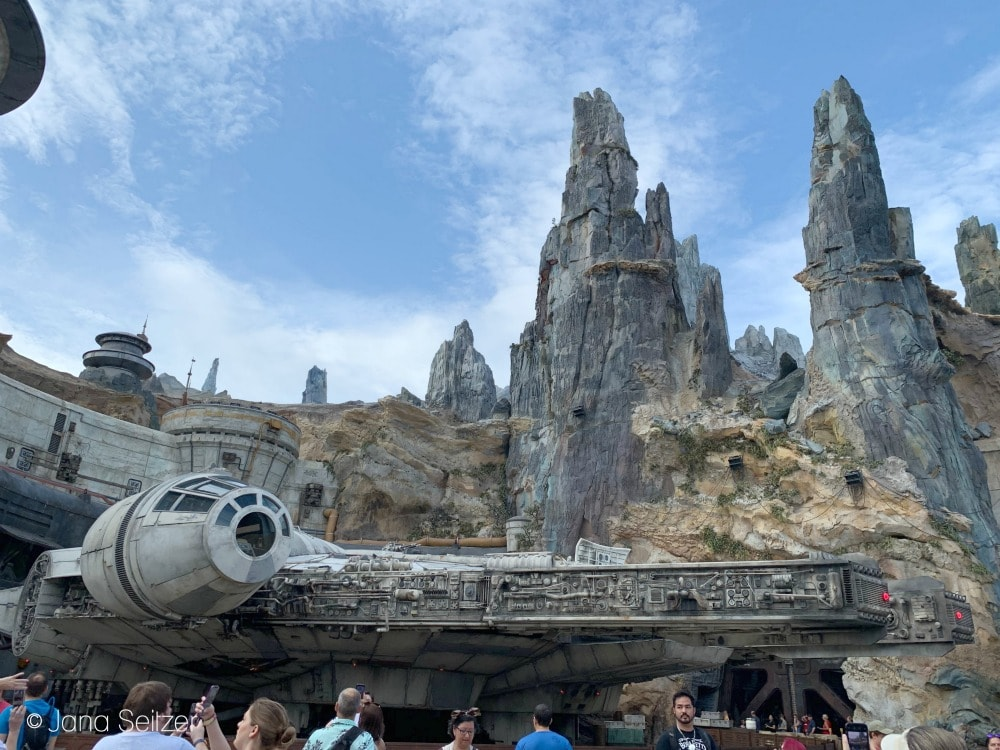 Millennium Falcon: Smuggler's Run at Star Wars Galaxy's Edge