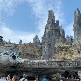 Millennium Falcon: Smuggler's Run at Star Wars Galaxy's Edge