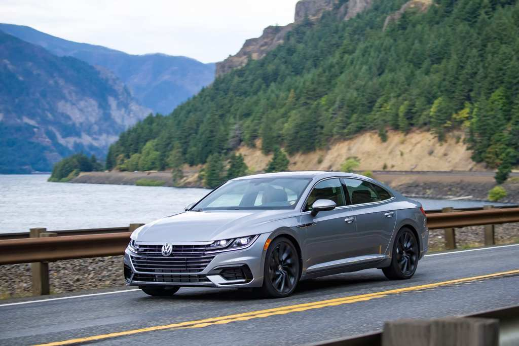 Volkswagen Arteon 2.0 T SEL R-Line with 4Motion 2019