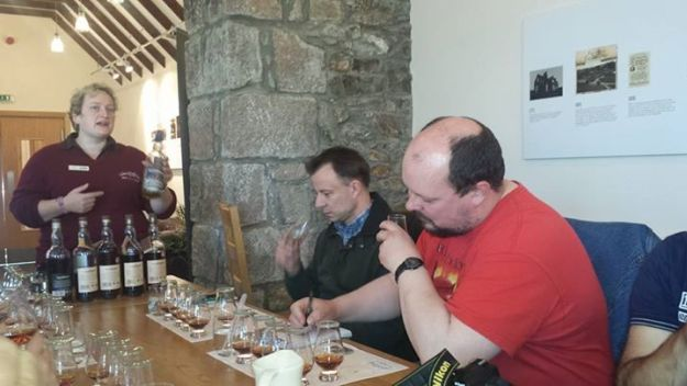 Bruce at Glendronach with Andy Eliis