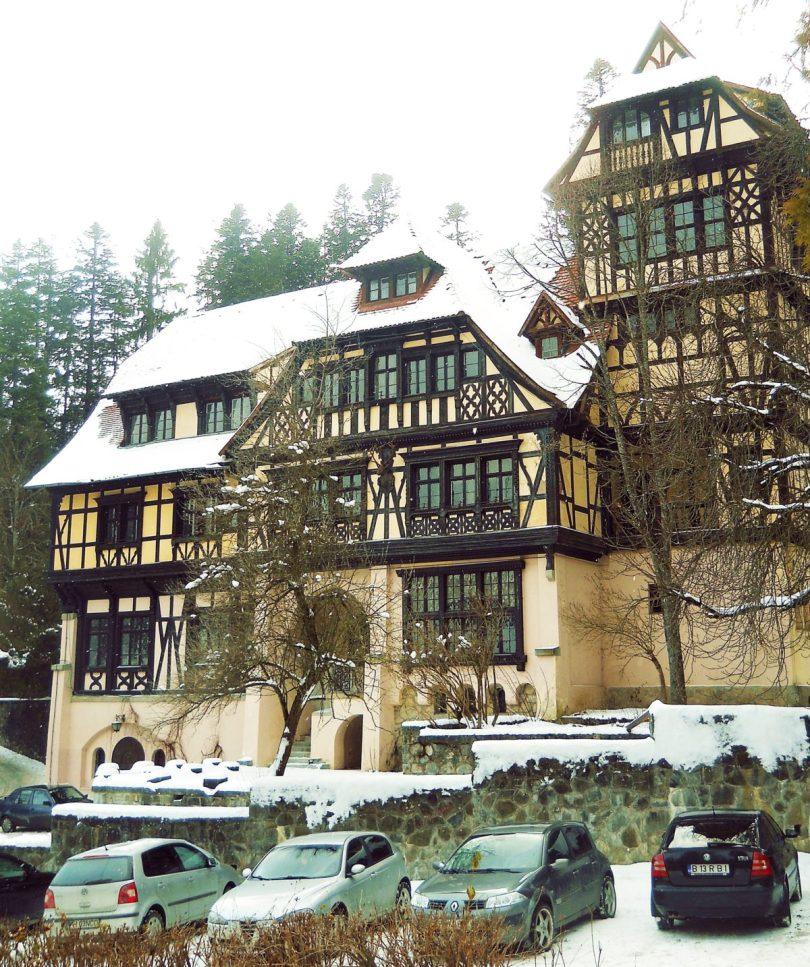 Peles Castle Sinaia Romania building