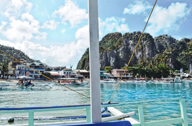El Nido Bay beach