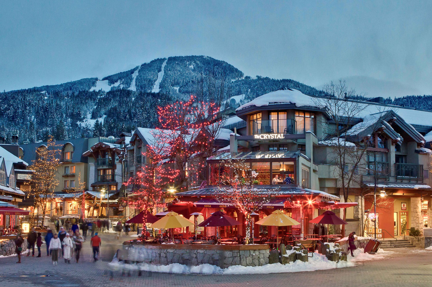 Christmas Snow Falling Wallpaper 12 Months In Whistler Why It S Always A Great Time To Visit