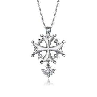 Pendentif Croix Hugunote en argent brillant et mâte 925 by White Alpina. Ce collier croix huguenote est livré dans un écrin avec une chaîne.