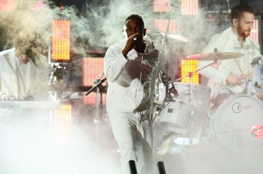 kendrick-lamar-imagine-dragons-4-grammys-2014-show-650-430