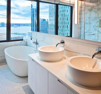Penny-flooring-tiles-for-the-bathroom