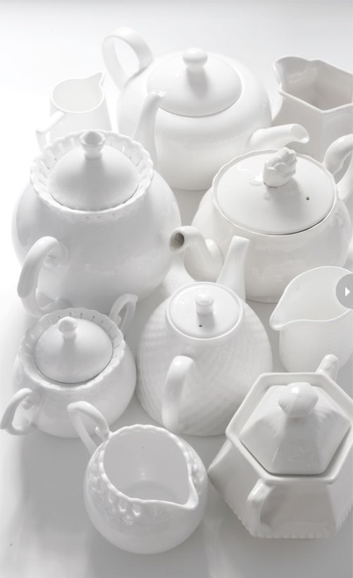 kitchen-whites-teapots