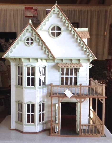 White-Cabana-dollhouse-3