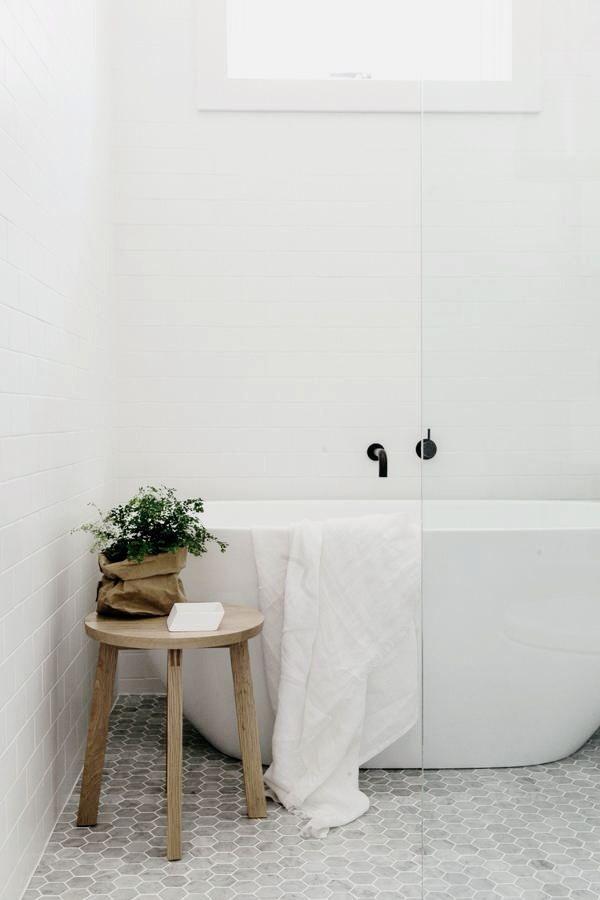 free-standing-tub