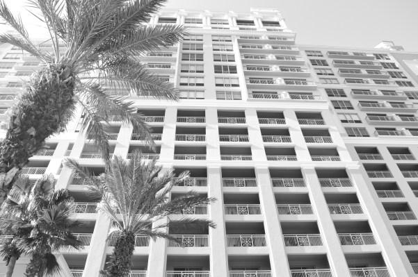 White-Cabana-Ritz-Carlton-Sarasota-11