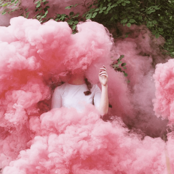 pink-cloud-alice-in-her-palace