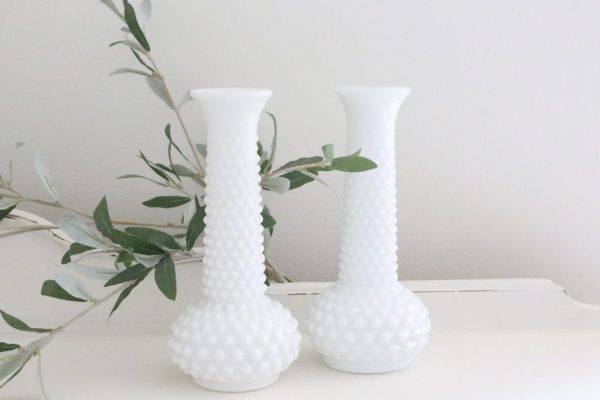 hobnail- white- milk glass- vases- plants- flowers- home decor- weddings- table settings- vintage