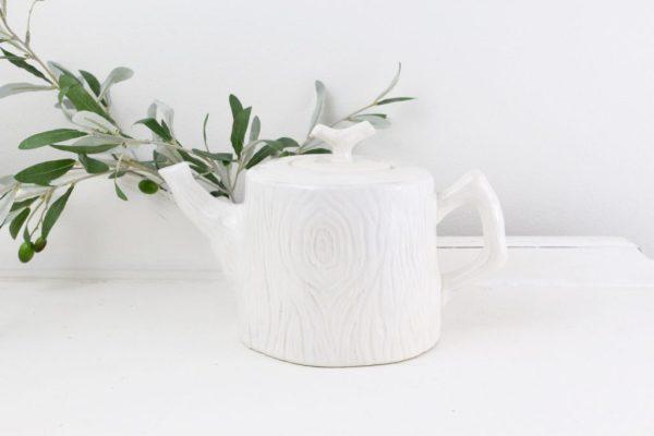 teapot- tree- kitchen- vintage goods