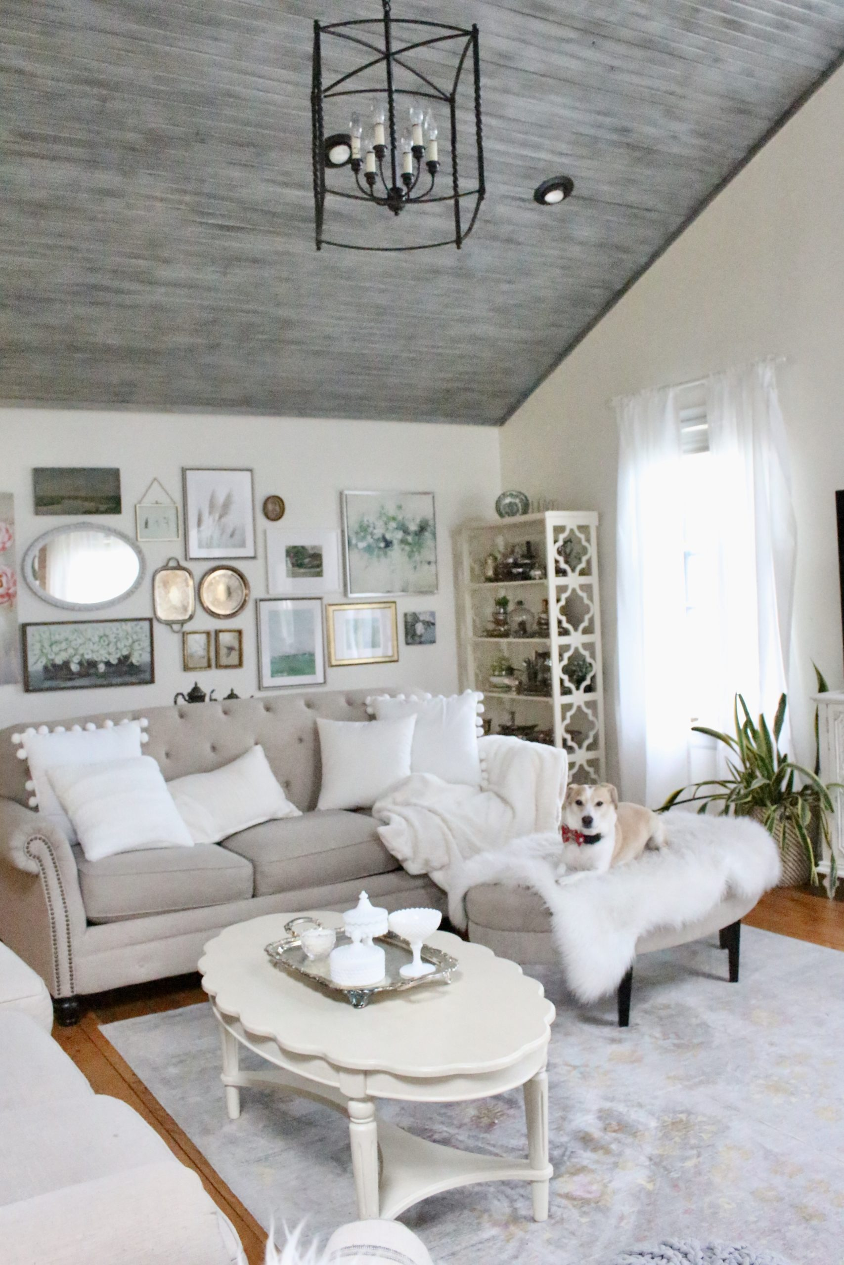 Winter Family Room Decor