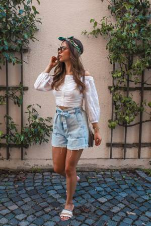 Outfit Inspiration – Paperbag Shorts kombinieren & Outfit Details
