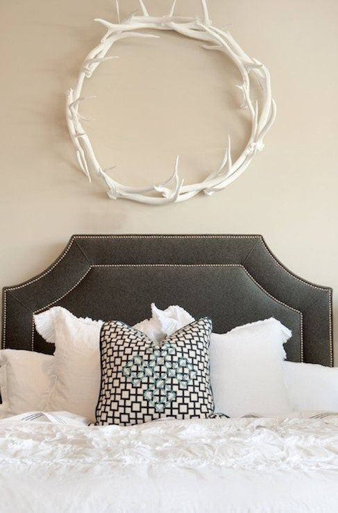 Antler Decor, Antlers Above Bed