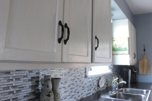 Cheap Kitchen Renovation, Backsplash, white painted kitchen cabinets