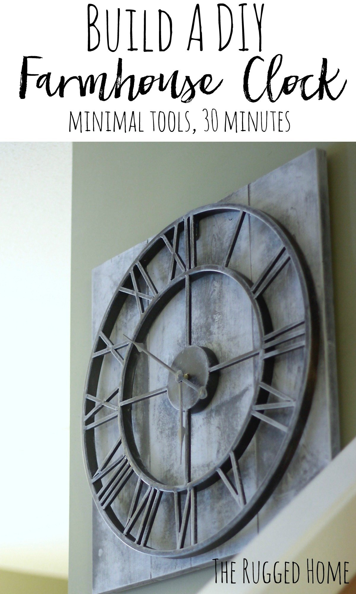 Build A Easy DIY Farmhouse Clock in Under 30 Minutes. ANYONE Can build this as it's super easy www.whitepicketfarmhouse.com
