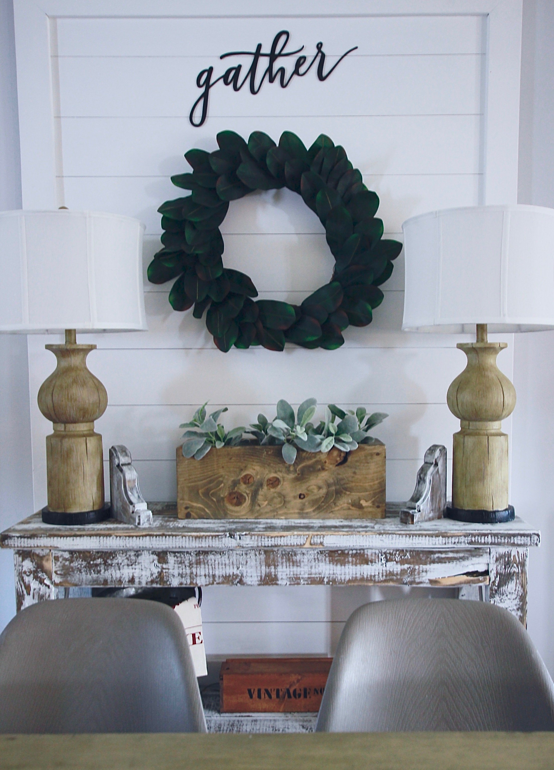 DIY Corbels Made in 10 minutes and under 20 dollars www.whitepicketfarmhouse.com