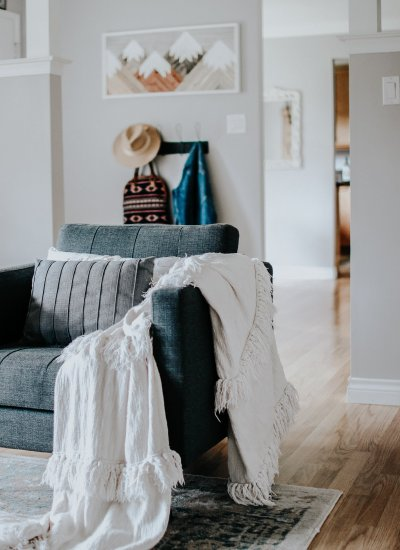 CANVAS Room Refresh with Canadian Tire. This room is completely decorated and styled with #CanadianTire decor and furniture