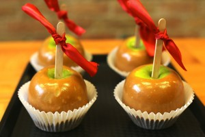 Caramel Apples. 10 Fall things that make me Happy. What makes you happy in the fall?