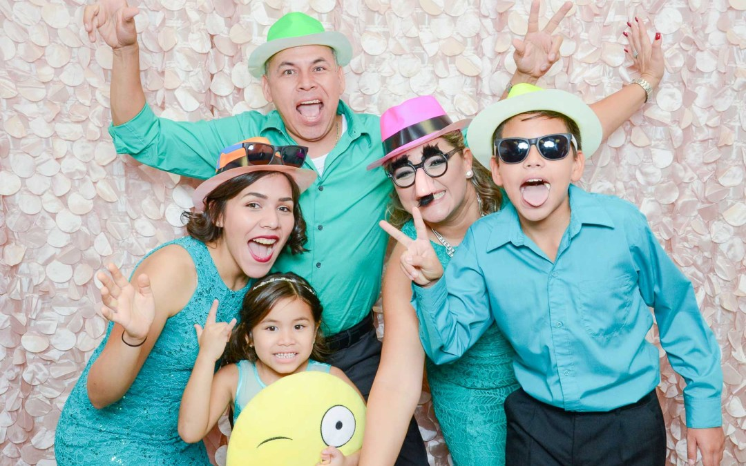 St John Neumann Parish Quinceanera Photo Booth