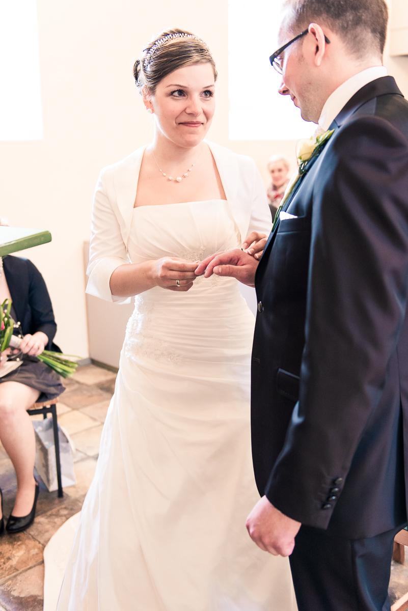White Wedding Photography  Simone  Lars  Hochzeitsreportage auf dem Rittergut Grossgoltern