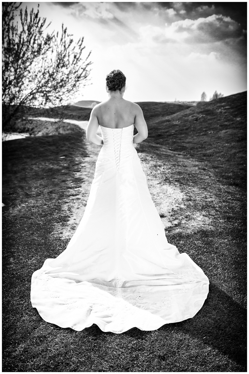 White Wedding Photography  Simone  Lars