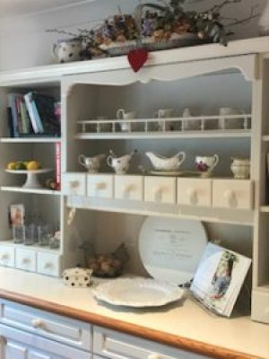 kitchen dresser complete 2 e1500984089421 225x300 - A Kitchen Makeover in time for Christmas