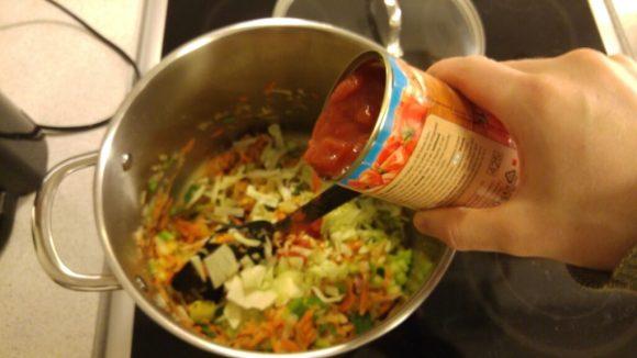 Minestrone suppe med hvide bønner
